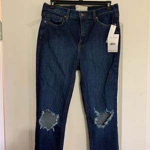 Free People Destroyed Knee Skinny Jeans size 30